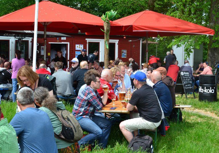 Livemusik Hamburg, umsonst und draußen, open air, Elbufer, Elbblick, Inselklause, Live Event, Elbblick, Biergarten
